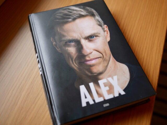 Kuva, jossa kirjan kannessa Alexander Stubb