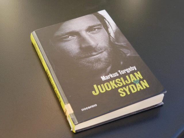 Kuva, jossa kuva kirjan kannesta
