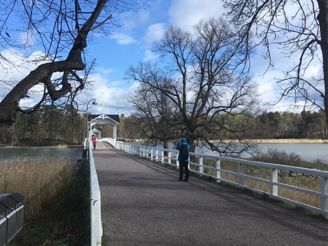 kuva, jossa silta seurasaareen