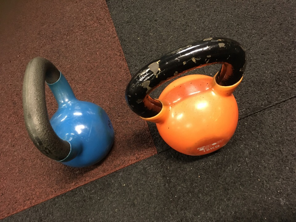 kettle ball blue orange