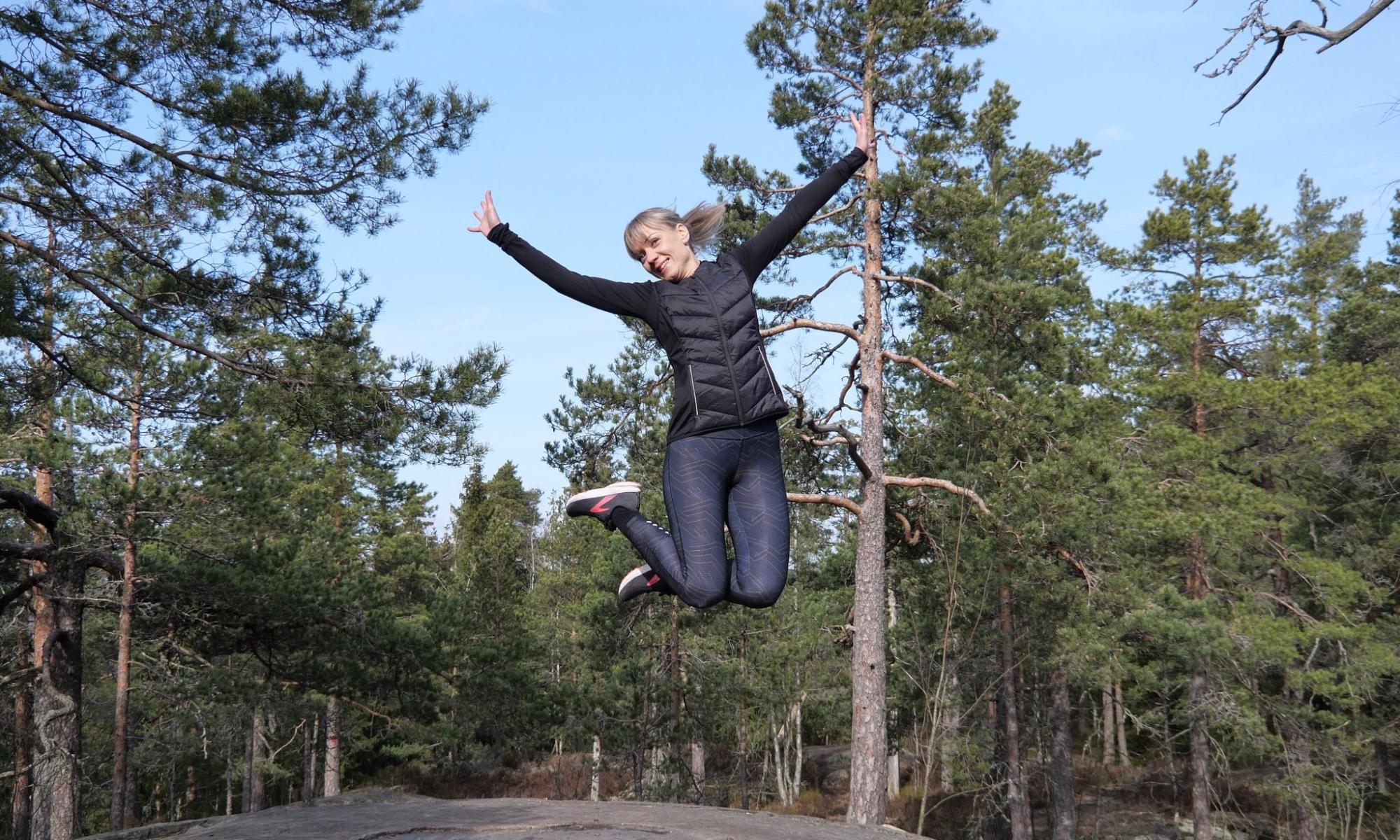 kallio hyppy lidlin juoksuvaatteet