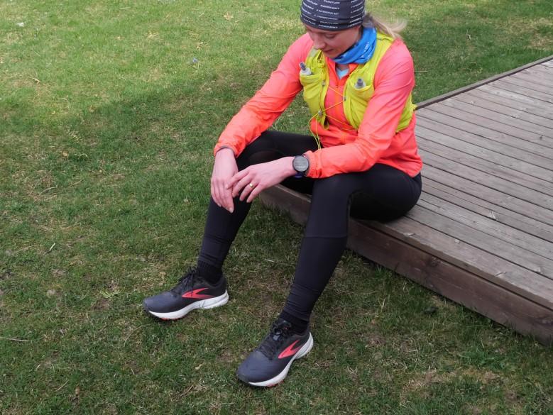 juoksija juomaliivi puolimaraton