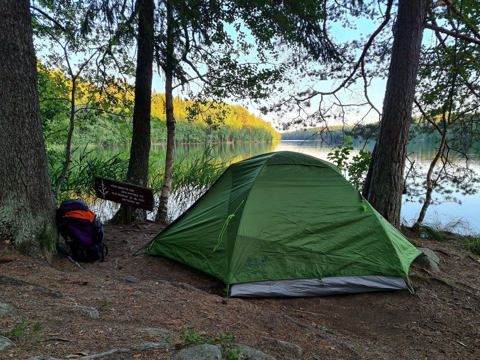 kolmen hengen teltta